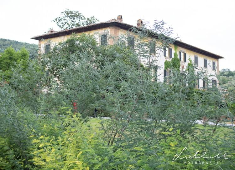 lieblicht-32-hochzeitsreportage-toskana-villa